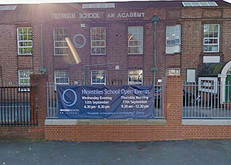 Birmigham school apologises after muslim children fed ban