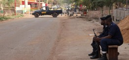 Mali: 10 soldiers killed in attack on army base