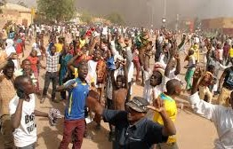 Niger: Four dead in Charlie Hebdo protests in Niger
