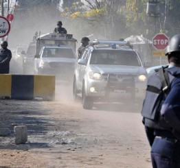 Pakistan: Musharraf's convoy escapes blast in Islamabad
