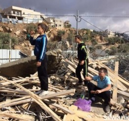 Palestine: Israeli army demolishes four homes in Silwan