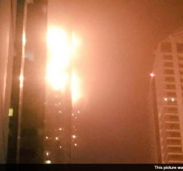 UAE: Firefighters extinguish blaze in Dubai Torch residential tower