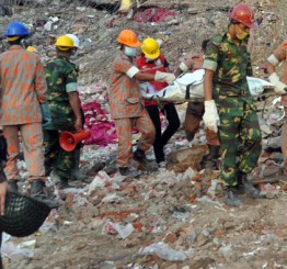 Bangladesh: Death toll on Savar building collapse jumps to 1033