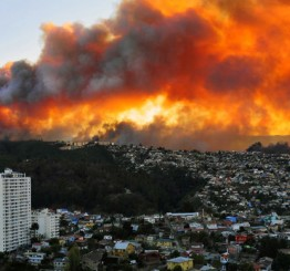 Chile: 12 killed, president declares state of emergency in Valparaiso as deadly fire ravage hilltops