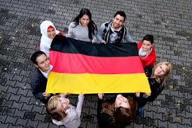 Germany: Merkel's coalition drafts dual nationality plan for young foreigners