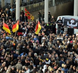 Germany: Record numbers attend German anti-Islamization rally