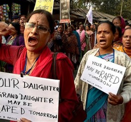 India: Police officers arrested over gang rape