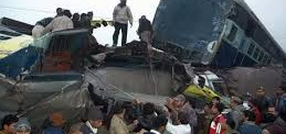 India: Twelve killed as trains collide near Gorakhpur