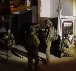Palestine: Wounded young man left bleeding to death by Israeli soldiers in Hebron