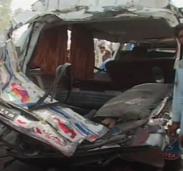 Pakistan: 16 killed in separate road accidents