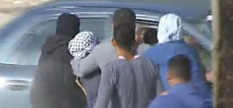 Palestine: Israeli soldiers attack weekly protests in Ni'lin, Silwad