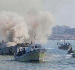 Palestine: Israeli navy sinks Palestinian fishing boat off Gaza coast
