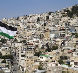 Palestine: Israeli forces demolish 3 Palestinian stores in Silwan